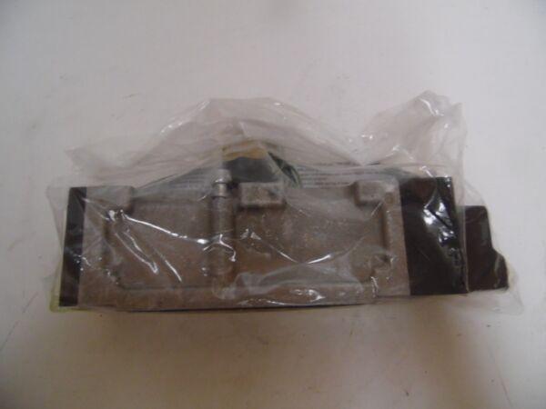 Parker Manifold Mount Pneumatic Valve L7353810253VXBB