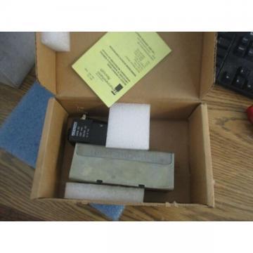 Rexroth Bosch Model: GT-010061-02440 Ceram Valve. New Old Stock <